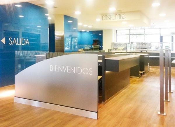 Obras 4retail for Oficinas sanitas barcelona