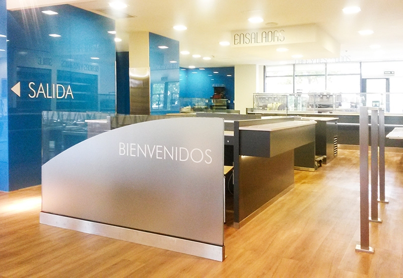 Cocina free flow y comedor iberia 4retail - Sanitas oficinas centrales ...